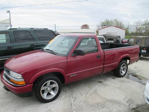 2000 Chevrolet S-10 for sale in London, KY
