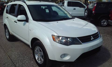 2007 Mitsubishi Outlander for sale at Pinellas Auto Brokers in Saint Petersburg FL