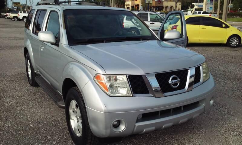 2005 Nissan Pathfinder for sale at Pinellas Auto Brokers in Saint Petersburg FL
