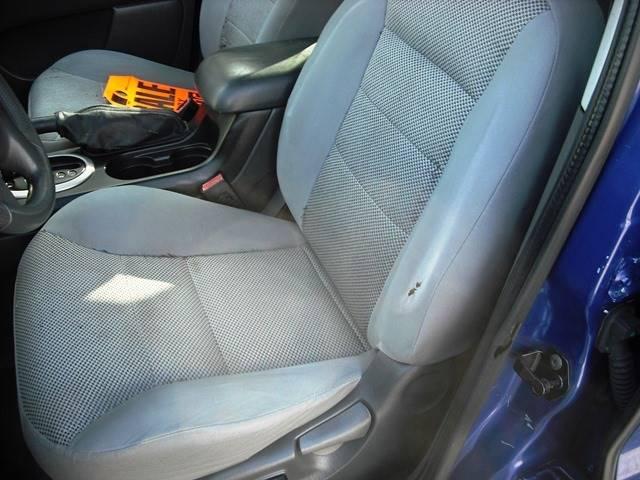 2005 Ford Escape XLT (image 7)