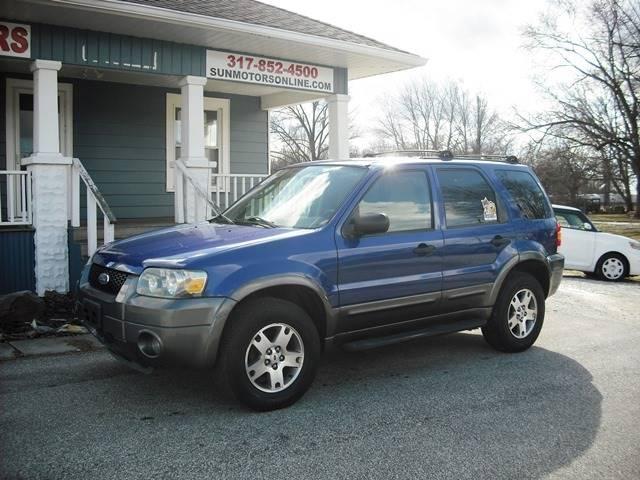 2005 Ford Escape XLT (image 5)