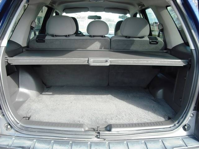 2005 Ford Escape XLT (image 10)
