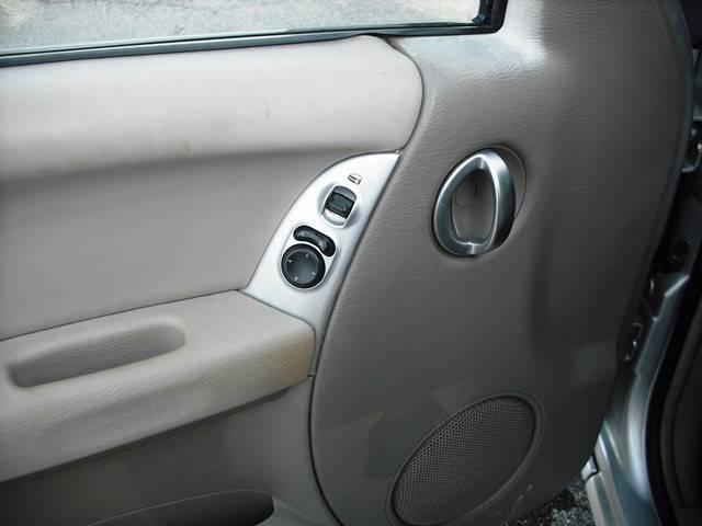 2002 Jeep Liberty Limited (image 6)