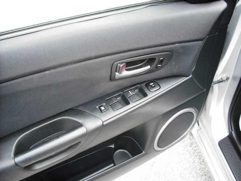 2004 Mazda MAZDA3 s (image 7)