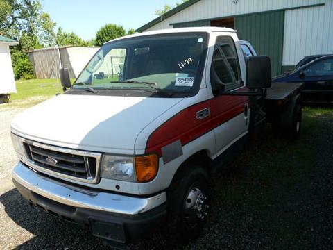 2005 Ford ECONOLINE BD