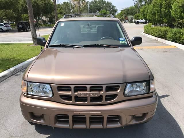 2000 Isuzu Rodeo for sale at South Florida Luxury Auto in Pompano Beach FL