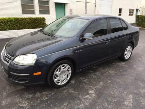 2009 Volkswagen Jetta for sale at South Florida Luxury Auto in Pompano Beach FL