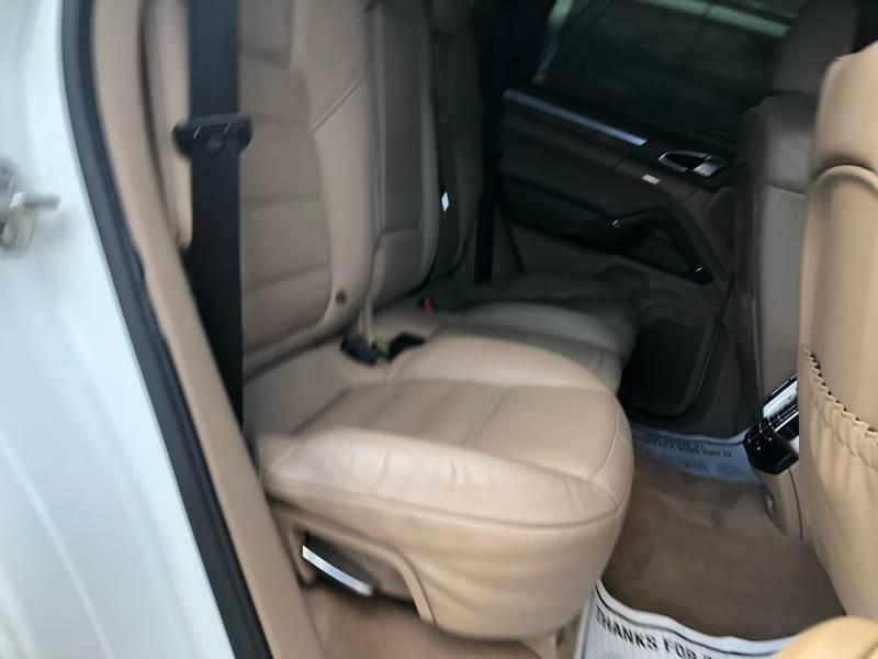 2013 Porsche Cayenne AWD Turbo 4dr SUV - Freeport NY