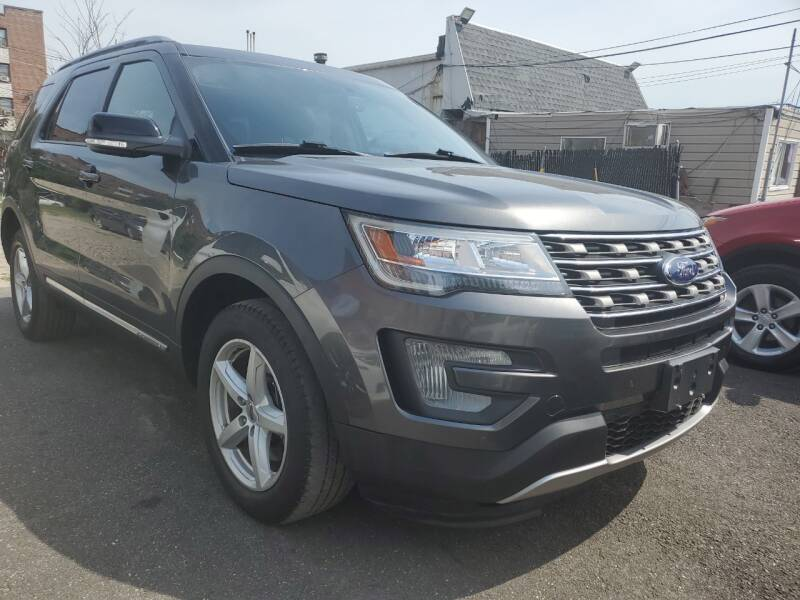 2017 Ford Explorer AWD XLT 4dr SUV - Freeport NY