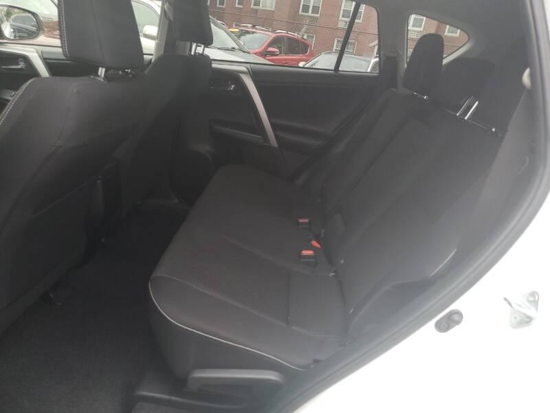 2017 Toyota RAV4 AWD XLE 4dr SUV - Freeport NY