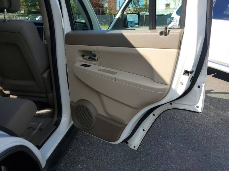 2010 Jeep Liberty 4x4 Sport 4dr SUV - Freeport NY