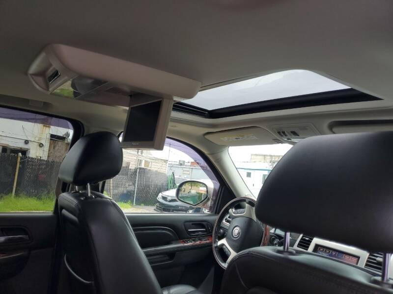 2014 Cadillac Escalade ESV AWD Luxury 4dr SUV - Freeport NY