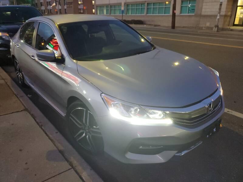2017 Honda Accord Sport Special Edition 4dr Sedan CVT - Freeport NY