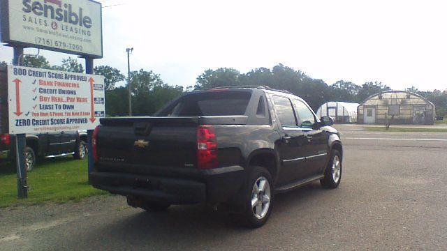 2008 Chevrolet Avalanche LT Sport Utility Pickup 4D 5 1/4 ft - Fredonia NY
