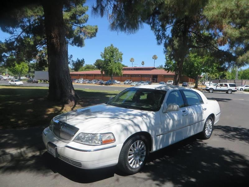 2003 Lincoln Town Car Executive In Vacaville Ca Family Auto Centers