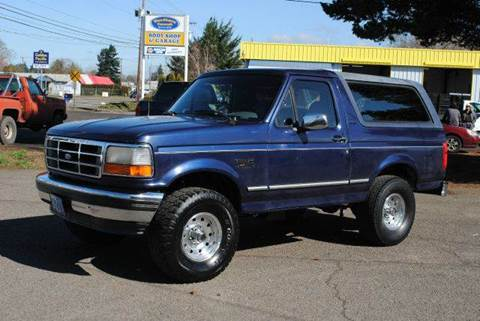 1995 Ford Bronco for sale at Xtreme Truck Sales in Woodburn OR