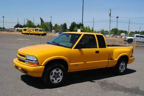 2002 Chevrolet S-10 for sale at Xtreme Truck Sales in Woodburn OR
