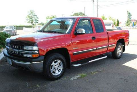 1999 Chevrolet Silverado 1500 for sale at Xtreme Truck Sales in Woodburn OR