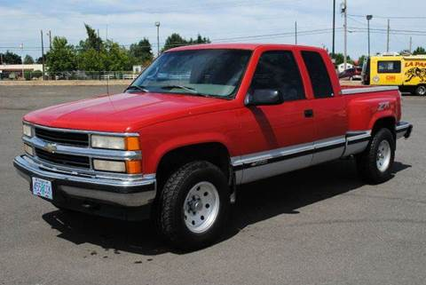 1995 Chevrolet C/K 1500 Series for sale at Xtreme Truck Sales in Woodburn OR