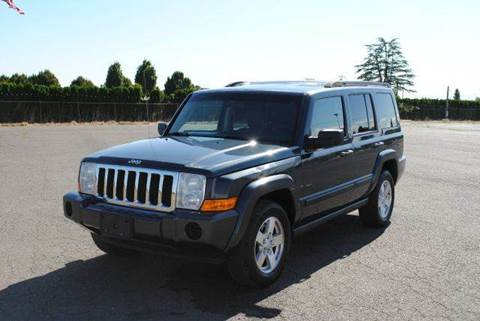 2007 Jeep Commander for sale at Xtreme Truck Sales in Woodburn OR