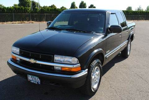 2001 Chevrolet S-10 for sale at Xtreme Truck Sales in Woodburn OR