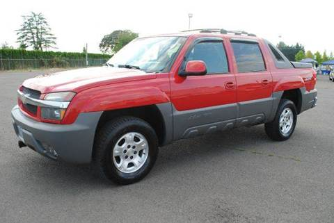2002 Chevrolet Avalanche for sale at Xtreme Truck Sales in Woodburn OR