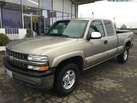 2000 Chevrolet Silverado 1500 for sale at Xtreme Truck Sales in Woodburn OR