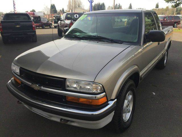 2000 Chevrolet S-10 In Woodburn OR - Xtreme Truck Sales