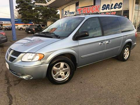 2001 Dodge Grand Caravan for sale at Xtreme Truck Sales in Woodburn OR