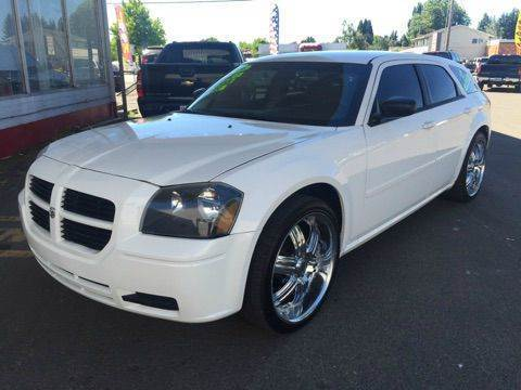 2006 Dodge Magnum for sale at Xtreme Truck Sales in Woodburn OR
