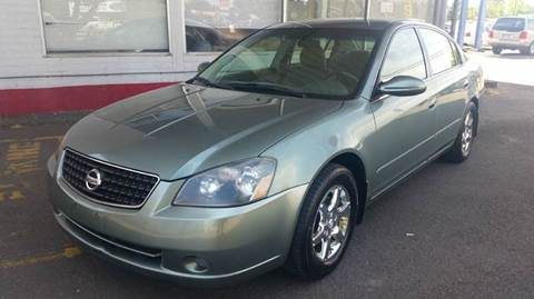 2006 Nissan Altima for sale at Xtreme Truck Sales in Woodburn OR