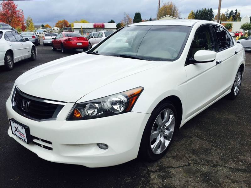 2009 Honda Accord for sale at Xtreme Truck Sales in Woodburn OR