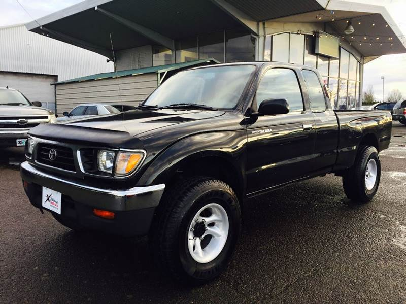 1995 toyota tacoma in woodburn or xtreme truck sales. Black Bedroom Furniture Sets. Home Design Ideas