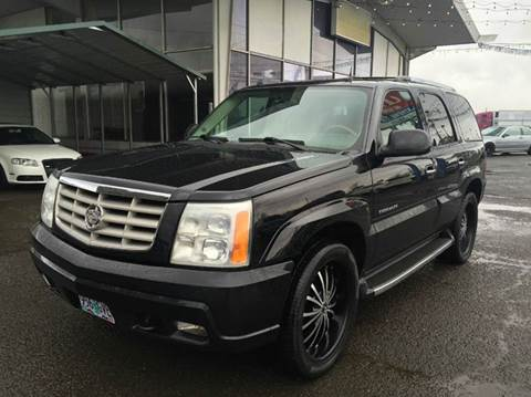 2004 Cadillac Escalade for sale at Xtreme Truck Sales in Woodburn OR