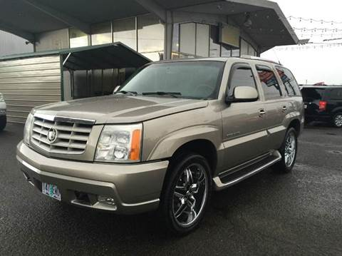2002 Cadillac Escalade for sale at Xtreme Truck Sales in Woodburn OR