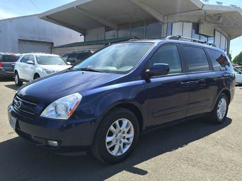 2008 Kia Sedona for sale at Xtreme Truck Sales in Woodburn OR