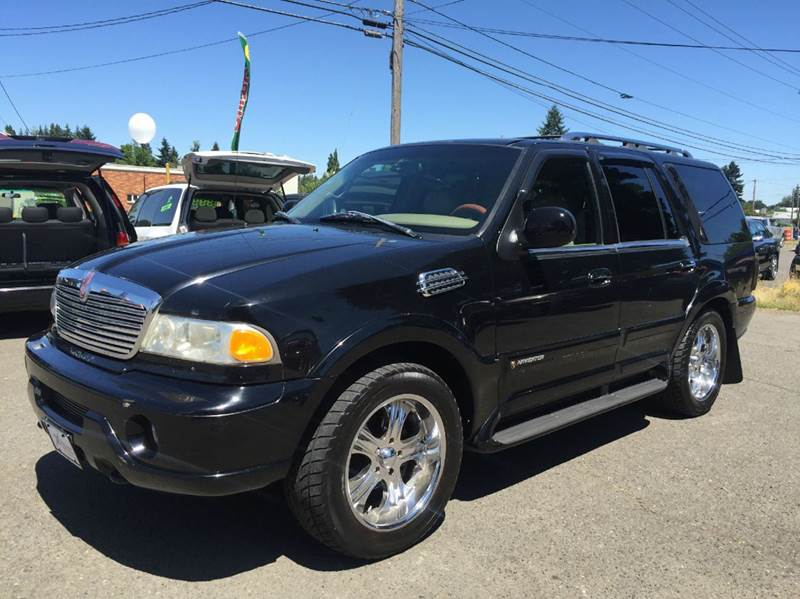 1998 Lincoln Navigator for sale at Xtreme Truck Sales in Woodburn OR