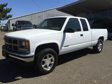 1996 Chevrolet C/K 1500 Series for sale at Xtreme Truck Sales in Woodburn OR