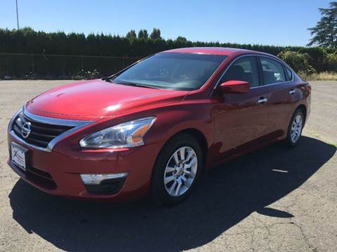 2013 Nissan Altima for sale at Xtreme Truck Sales in Woodburn OR