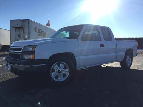 2006 Chevrolet Silverado 1500 for sale at Xtreme Truck Sales in Woodburn OR