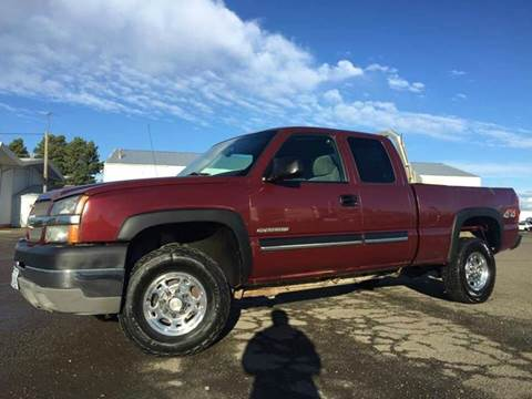 2003 Chevrolet Silverado 2500HD for sale at Xtreme Truck Sales in Woodburn OR