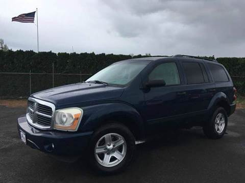 2005 Dodge Durango for sale at Xtreme Truck Sales in Woodburn OR
