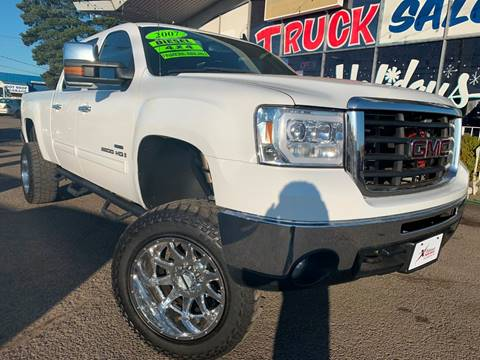 2007 GMC Sierra 2500HD for sale at Xtreme Truck Sales in Woodburn OR