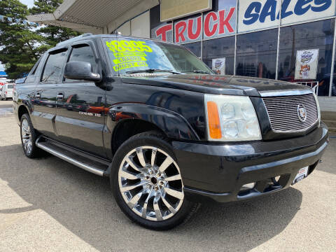 2004 Cadillac Escalade EXT for sale at Xtreme Truck Sales in Woodburn OR
