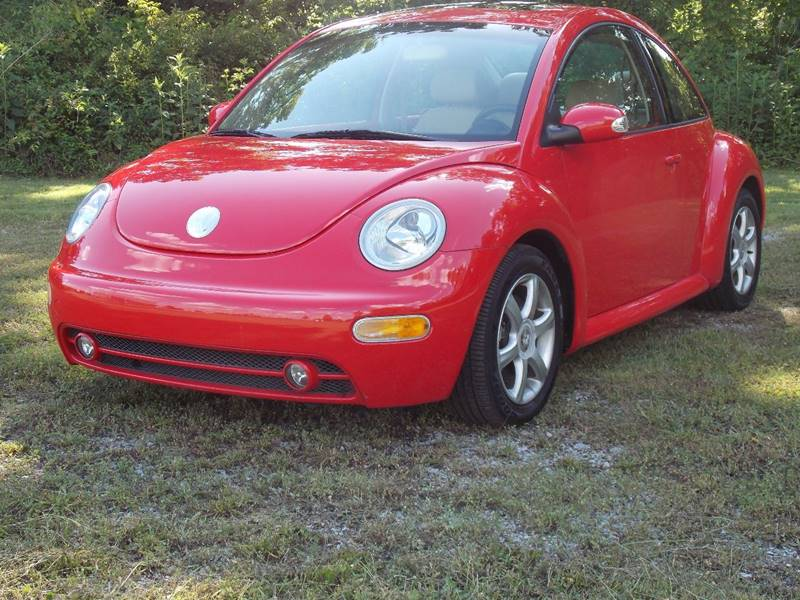 2004 Volkswagen New Beetle for sale at Essen Motor Company, Inc. in Lebanon TN