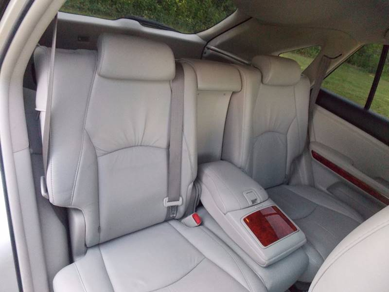 2004 Lexus RX 330 for sale at Essen Motor Company, Inc. in Lebanon TN