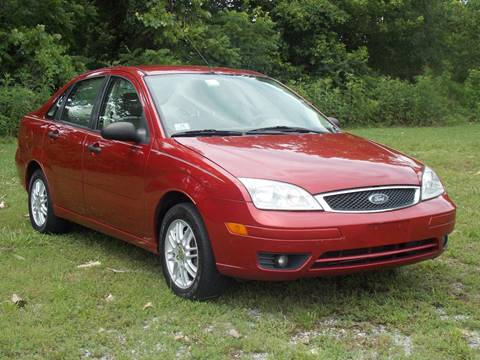 2005 Ford Focus for sale at Essen Motor Company, Inc. in Lebanon TN