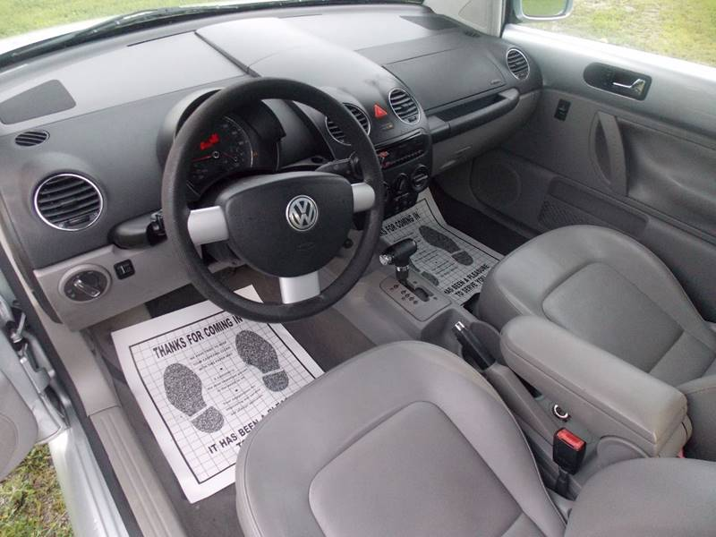 2006 Volkswagen New Beetle for sale at Essen Motor Company, Inc. in Lebanon TN