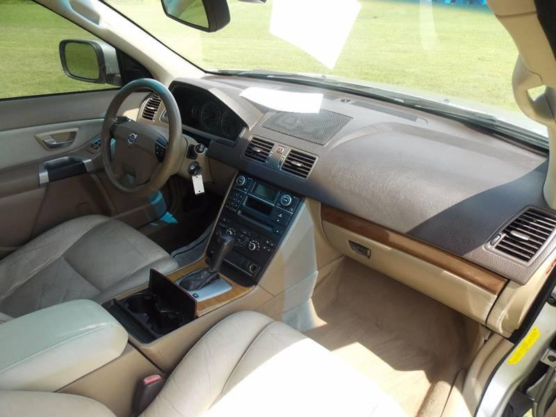 2007 Volvo XC90 for sale at Essen Motor Company, Inc. in Lebanon TN