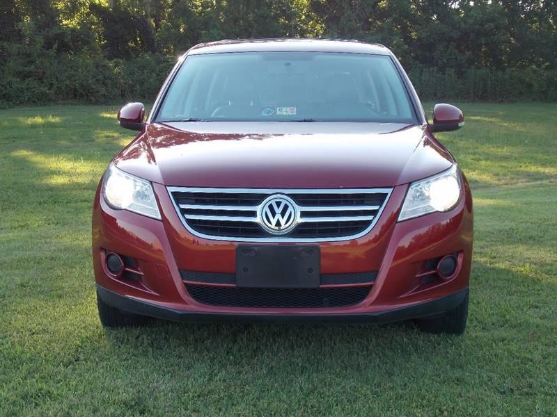 2009 Volkswagen Tiguan for sale at Essen Motor Company, Inc. in Lebanon TN